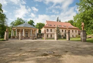 Kúpele Sklené Teplice Goetheho kúpeľný dom